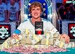 Победу в Главном событии WSOP-2013 одержал двадцатитрехлетний американец